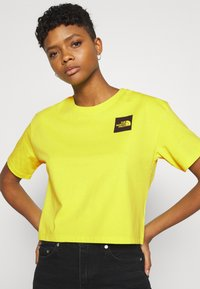 The North Face - CROPPED FINE TEE - Triko s potiskem - sulphur spring green - 3