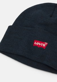 Levi's® - RED BATWING EMBROIDERED SLOUCHY BEANIE - Čepice - navy blue - 2