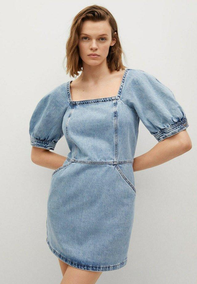 Denimové šaty - halvbl