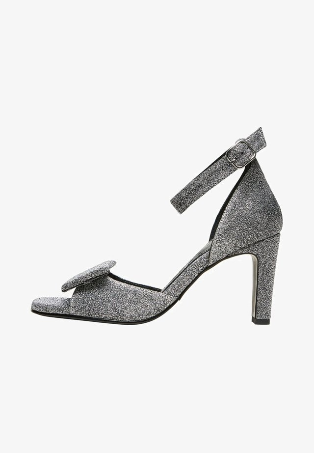 GLITZER - Sandały - silver
