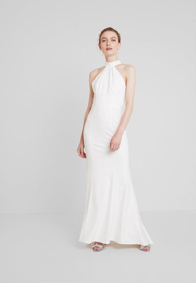 COSIMA - Společenské šaty - white