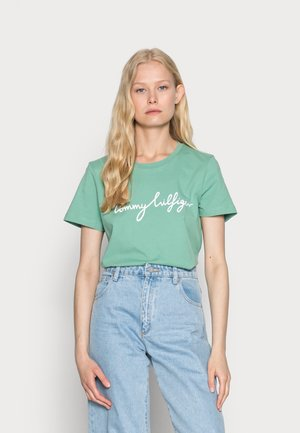 CREW NECK GRAPHIC TEE - Print T-shirt - frosted evergreen