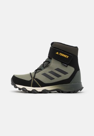 TERREX SNOW CF UNISEX - Zimní obuv - legend green/core black/solar gold
