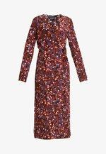ERICA DRESS - Robe d'été - red/multisprinkle