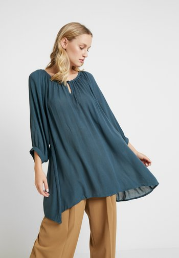 AMBER  - Tunic - orion blue