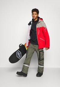 State of Elevenate - MENS BACKSIDE JACKET - Ski jacket - red - 1