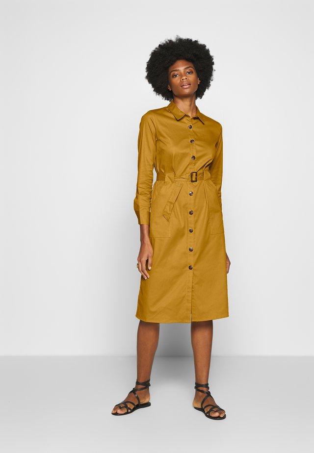 STYLE DRESS - Skjortklänning - yellow gold