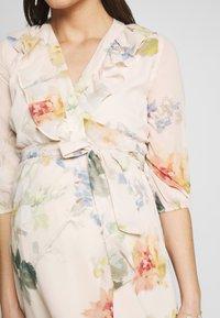 Hope & Ivy Maternity - SLEEVE WRAP DRESS - Maxi šaty - blush - 5
