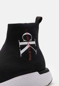 Calvin Klein Jeans - ANDRIEN - Sneakersy wysokie - black - 5