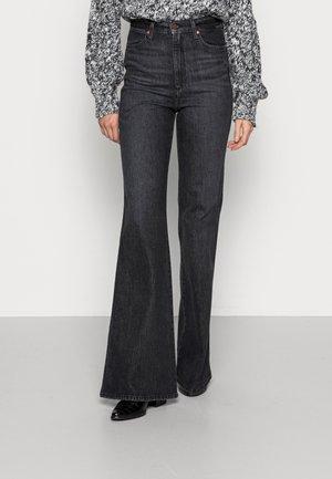 WRIGGLER - Flared jeans - essential black