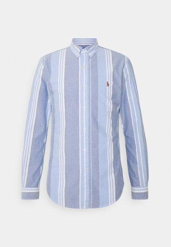 OXFORD SLIM FIT - Shirt - blue/white