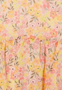 River Island Petite - Sukienka letnia - floral - 2