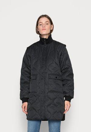 DUVET DREAM JOSEPHINE - Zimní kabát - black