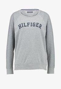 Tommy Hilfiger - ICONIC CREW NECK TRACK - Pyjama top - grey - 5