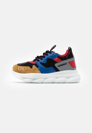 CHAIN REACTION UNISEX - Sneakers laag - black/blue/red
