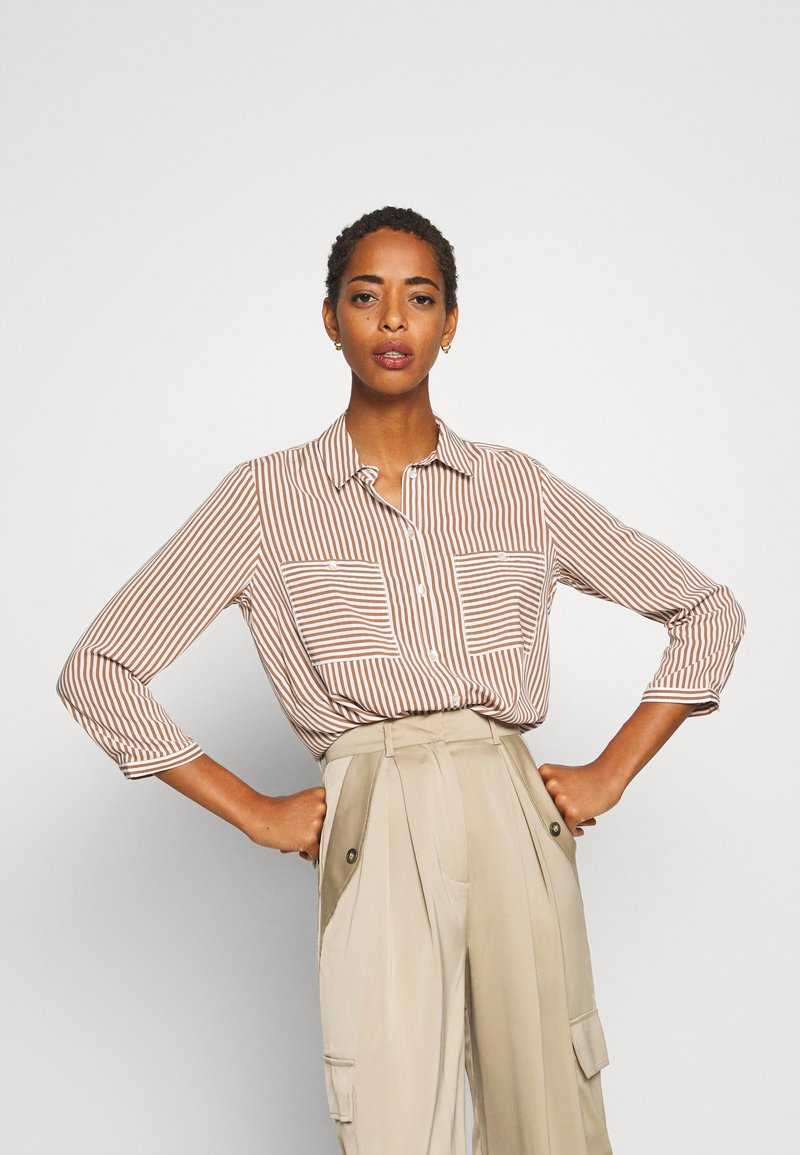 TOM TAILOR - BLOUSE PRINTED STRIPE - Košile - camel/white