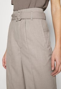 Gestuz - VIRA PANTS - Trousers - walnut - 3
