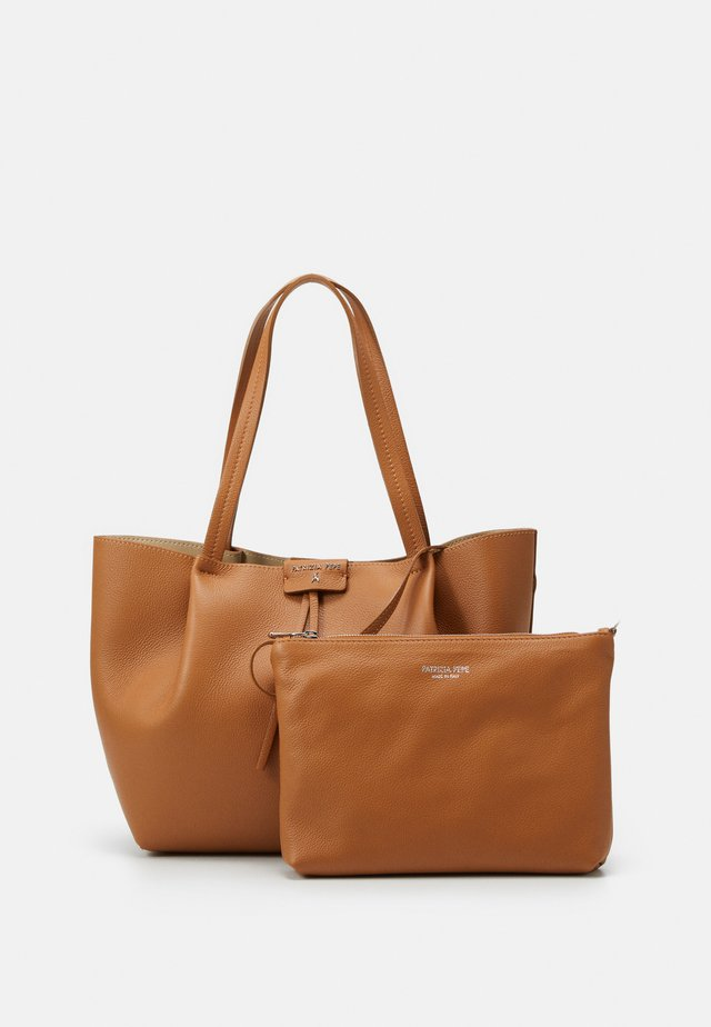 Käsilaukku - cuoio