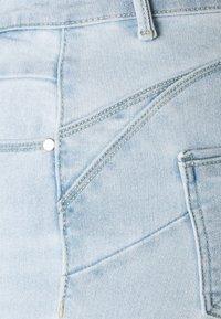 ONLY - ONLDAISY LIFE PUSH UP - Jeans Skinny Fit - light blue denim - 5