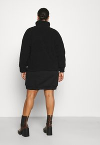 Pieces Curve - PCCAMINO JACKET - Fleece jacket - black - 2