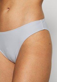 Filippa K - CLASSIC SHINY BRIEF - Bikini bottoms - cloud - 4