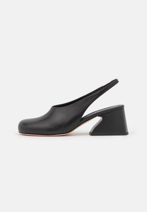 SOFOCLE - Classic heels - nero