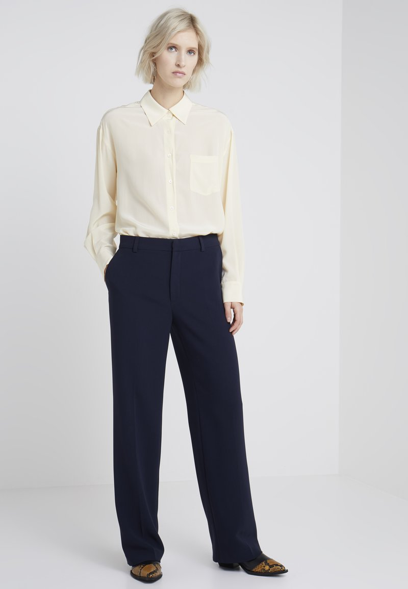 Filippa K - HUTTON TROUSERS - Trousers - navy