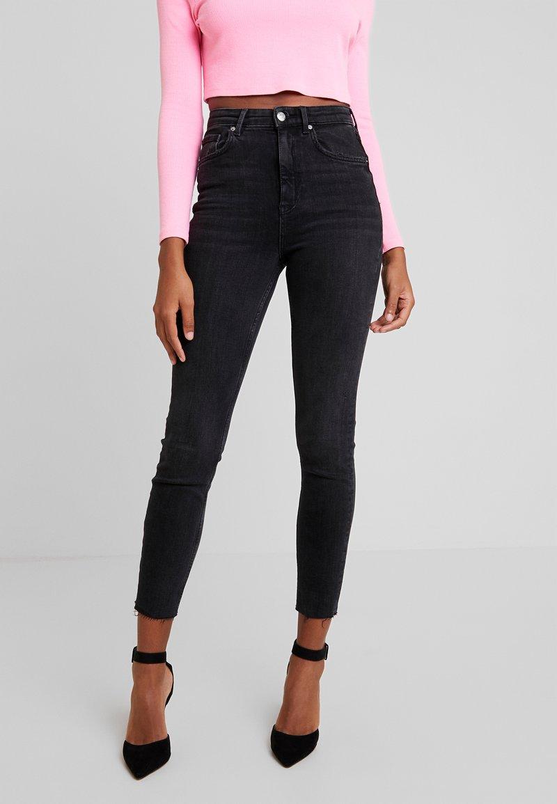 Gina Tricot - ZOEY HIGHWAIST - Jeans Skinny Fit - black/grey