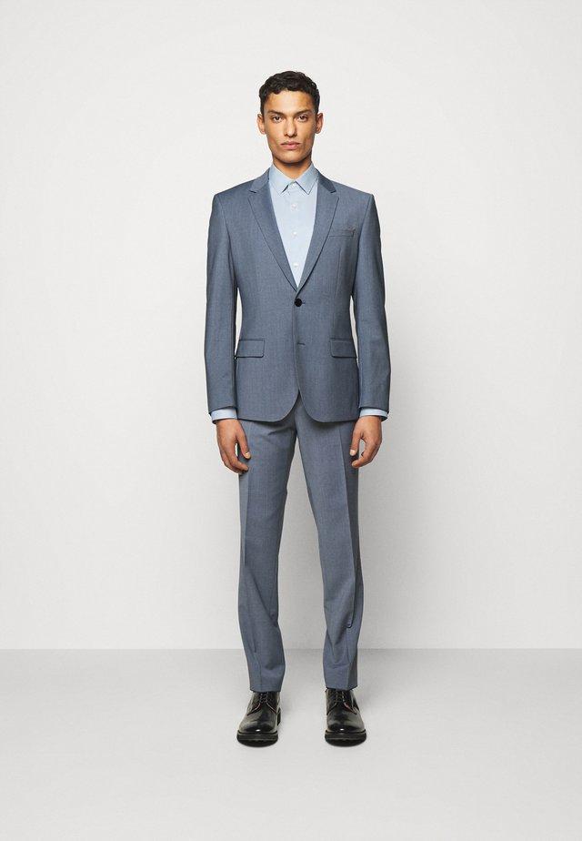HENRY GETLIN - Costume - medium blue