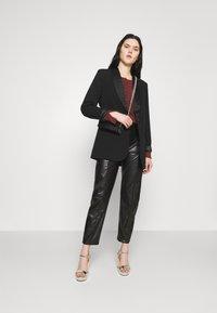 NA-KD - Short coat - black - 1