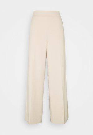 ZETTAIW WIDE PANT - Pantalones - powder beige