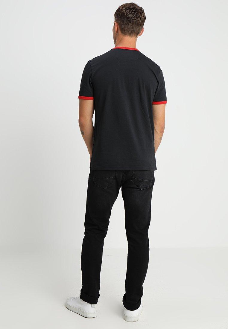 Lyle & Scott Ringer - T-shirt Basic True Black