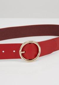 Diane von Furstenberg - O RING BELT - Gürtel - aurora red - 4