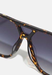 Lacoste - UNISEX - Sunglasses - havana - 4