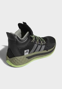 adidas Performance - PRO BOOST MID SHOES - Basketball shoes - black - 4