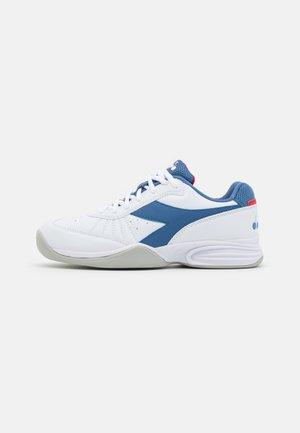 S. CHALLENGE 3 YOUTH CARPET UNISEX - Tennisschoenen voor tapijtbanen - white/federal blue