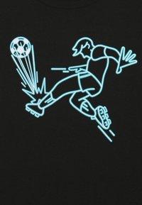 GAP - BOYS - Camiseta estampada - true black - 2