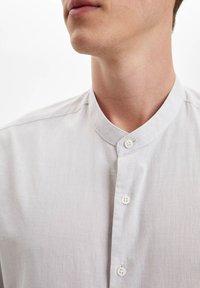 DeFacto - Formal shirt - beige - 3
