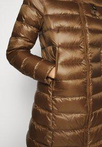 Blauer - IMPERMEABILE LUNGHI IMBOTTITO - Down coat - dark beige - 5