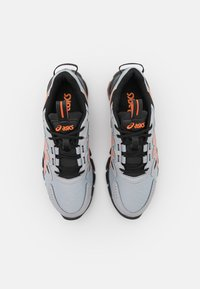 ASICS - GEL-QUANTUM 90 - Neutral running shoes - piedmont grey/marigold orange - 3