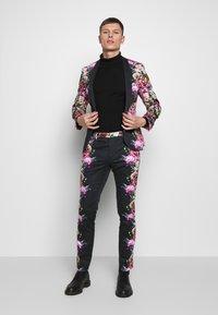Twisted Tailor - IKEDA SUIT - Oblek - black - 0