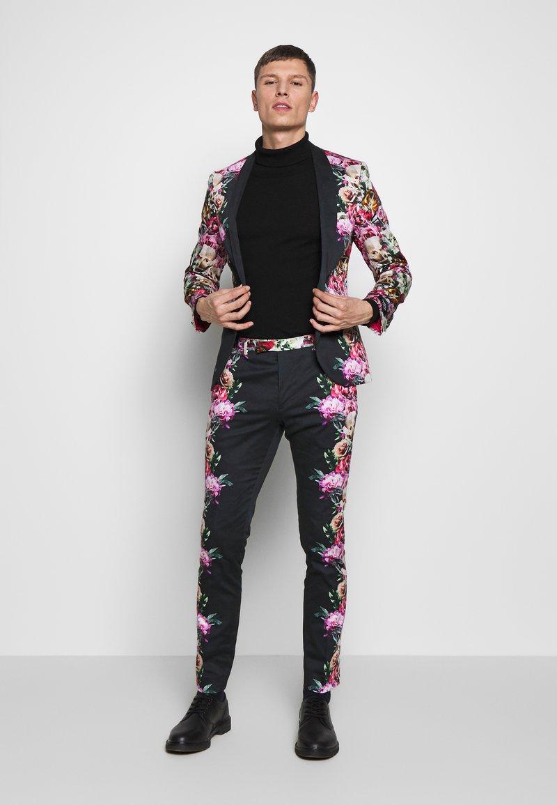 Twisted Tailor - IKEDA SUIT - Oblek - black