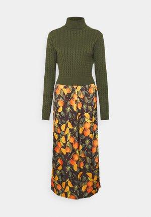 ORANGES TOP SLIP DRESS - Maxiklänning - orange