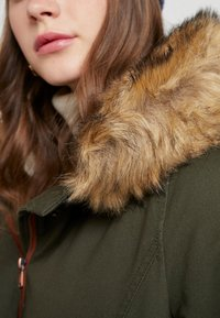 ONLY - ONLMANDY - Parkas - forest night - 5