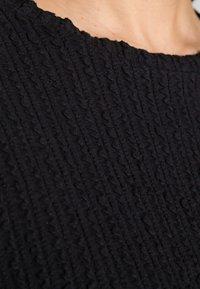 Lounge Nine - KYLIE - T-shirts med print - pitch black - 4
