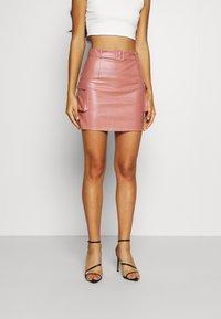 Missguided - BELTED POCKET DETAIL MINI SKIRT - Mini skirt - pink - 0