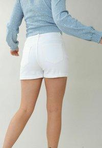 Pimkie - Denim shorts - weiß - 2