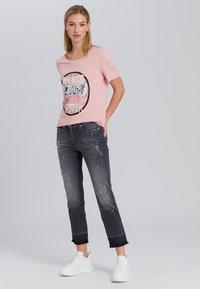 Marc Aurel - Print T-shirt - powder varied - 1