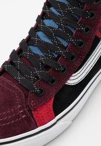 Vans - SK8 46 MTE DX UNISEX - Höga sneakers - multicolor/red - 5