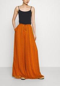 Diane von Furstenberg - ADAIR - Trousers - orange - 0